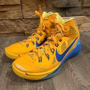 Men's Nike Hyperdunk Basketball Shoes Size 8.5